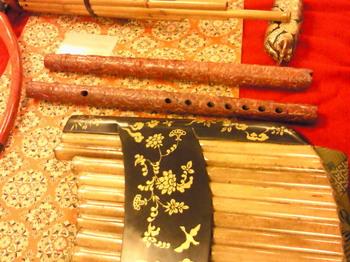 20100730正倉院復元楽器笛類2.jpg