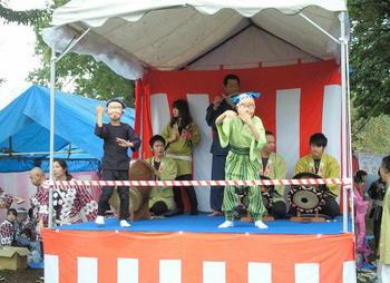 20111106-04お神楽.jpg