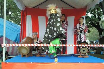 20111106-05お神楽獅子舞.jpg